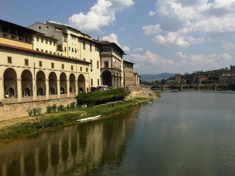 uffizi and arno
